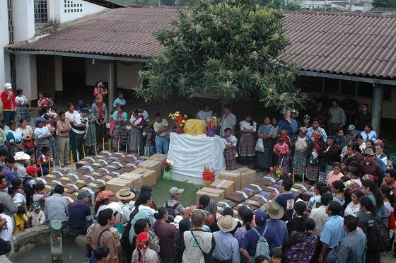 Inhumación San Pedro Jocopilas (Quiché)